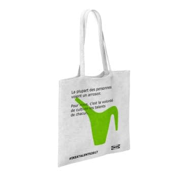 Ikea cultive la tendance du tote bag